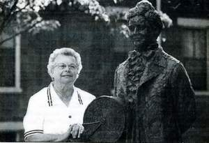Virginia Bennett at George Rogers Clark Park in Covington in 1995, standing next to the statue of Captain Mary B. Greene.